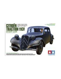 Автомобиль Citroën Traction 11CV с фигурой водителя (1:35)