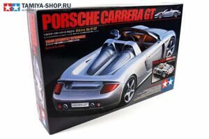 24330 Tamiya Porsche Carrera GT Full View (1:24)